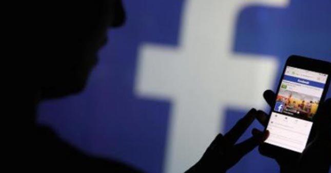 Facebook özel bilgilerinizi kimle paylaşıyor?