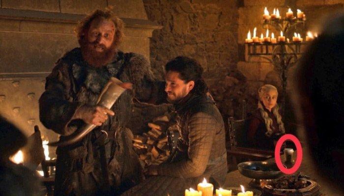Game of Thrones'taki Starbucks bardağı kimin çıktı?