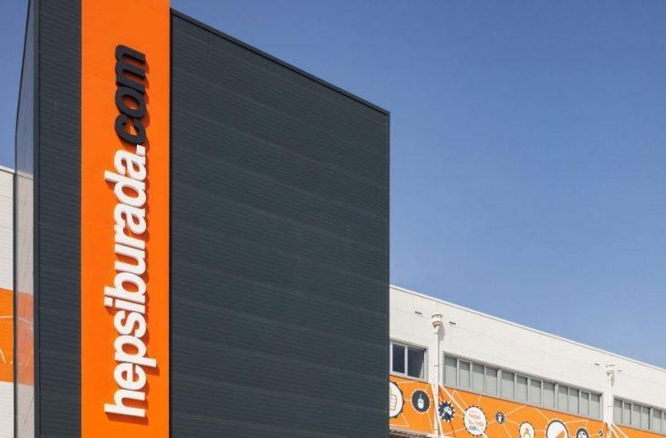 Hepsiburada, E-Ticarette En Büyük Perakende Şirketi ödülünü aldı!
