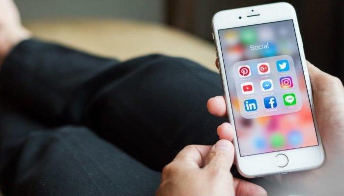 Hindistan sosyal medya yasası ile gündemde