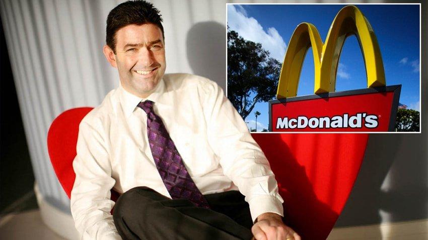 McDonald's'ın CEO'su aşk yüzünden kovuldu!