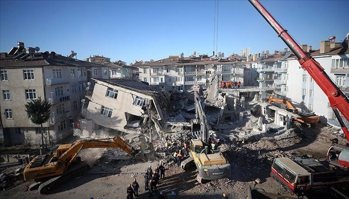 OGC'den depremzedelere nakdi yardım...