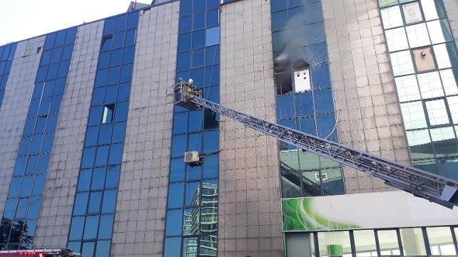 Saadet'in binasında yangın