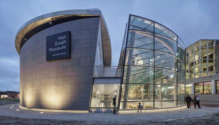 Van Gogh müzesi sanal erişime açıldı