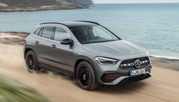 Yeni Mercedes-Benz GLA Türkiye'de satışta...