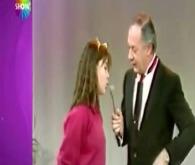 """Gülben Ergen 15 yaşında Erkan Yolaç ile """"Evet-Hayır"""" yarışmasında"""